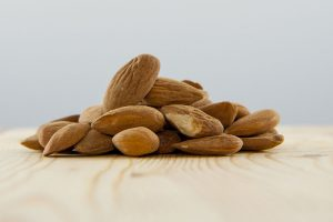 amandes crues europe biologique origine proprietes bienfaits sante noix recette
