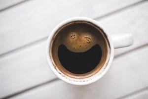 cafe synonyme bonheur heureux gout bienfaits humeur reveil memoire