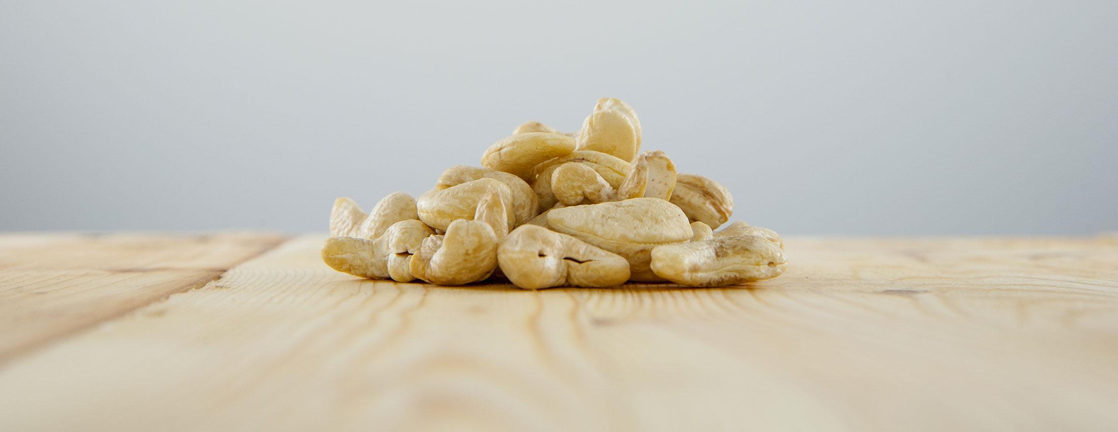 noix cajou crues biologique inde gras monoinsatures fruit recettes vegetalien